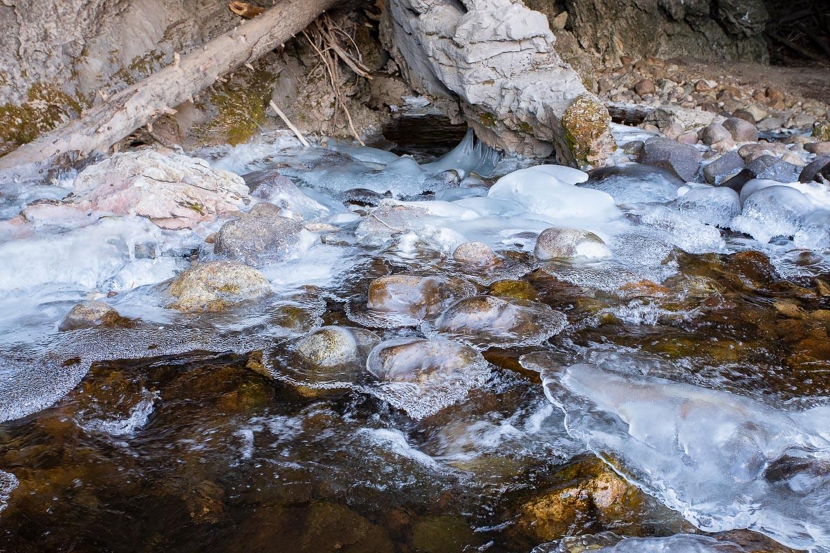 Sinks Canyon winter