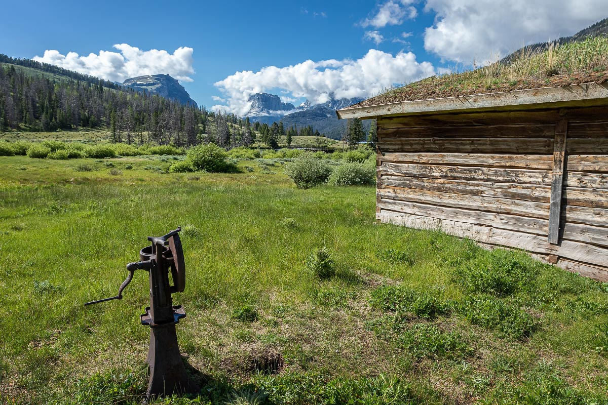 Osborn Cabin Squaretop Mountain Wyoming