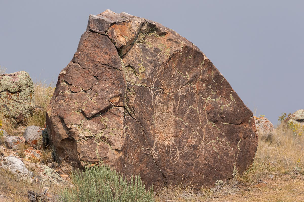 Dinwoody petroglyphs Wyoming